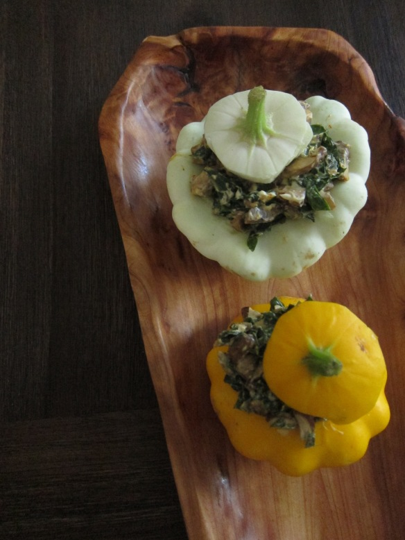 kale and shroom stuffed pattypans